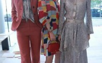 李沁张俪同框拍照衣服搭配美翻了
