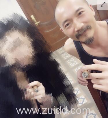 演员邹兆龙背着妻子与多名出轨纪录被爆出图片